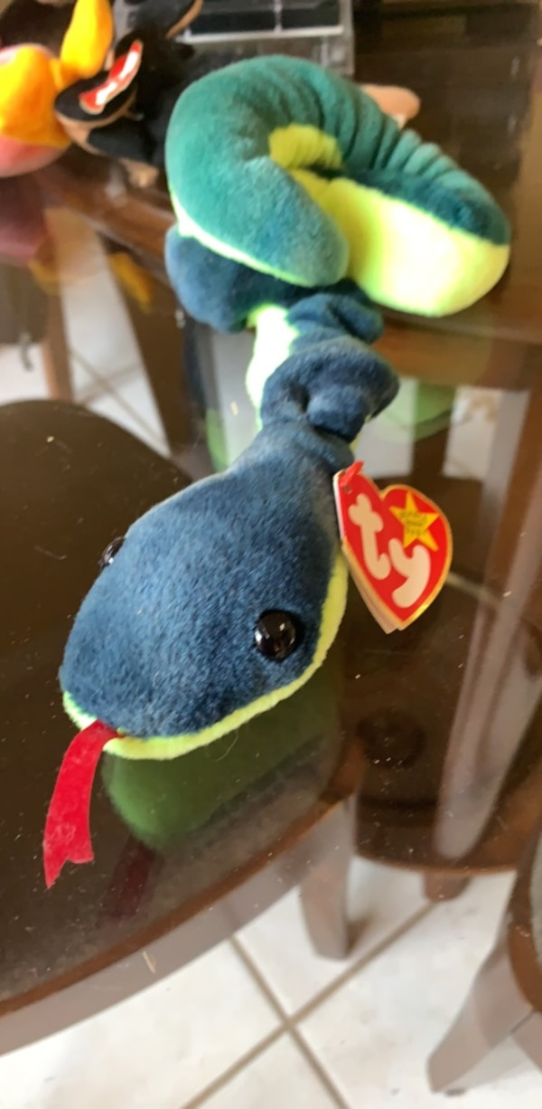 Used Ty Beanie Baby Hissy for sale in Arlington - letgo b6348809340