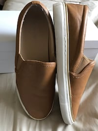 Pair of leather slip on shoes San Diego, 92114