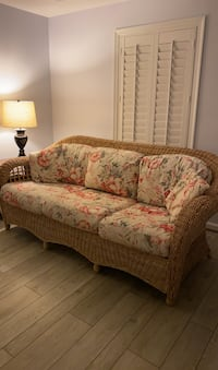 Wicker Couch set of 2 Potomac, 20854