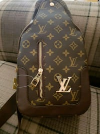black and brown Louis Vuitton leather crossbody bag Laval, H7M