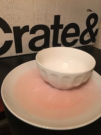 New Crate & Barrel Plates and Bowls Washington, 20019