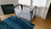 Graco playpen with reversible changing table Richmond, V6Y 4E7