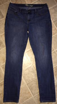 Old Navy Women's Sweetheart Jeans size 14 only $5 Firm! Sparta, 38583