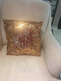 4 sparckle pillow covers