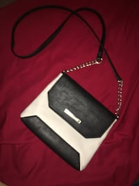 Black and white leather wristlet Brownsville, 78526