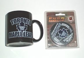 Toronto Maple Leafs Mug and Souvenir Puck Set