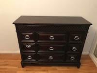 HIGH QUALITY FURNITURE DRESSER WITH STORAGE BARELY USED LOOKS LIKE NEW New York, 11230