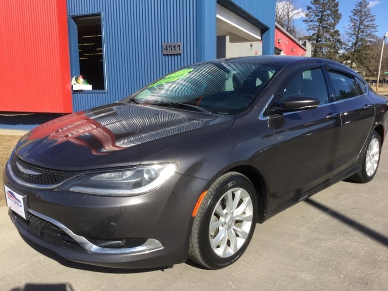 *LOW MILES* *NEW ARRIVAL* 2015 Chrysler 200c -- Ask About Our GUARANTEED CREDIT APPROVAL 2221fdcd-3ba0-4d7c-bfe5-f8edaba8988a