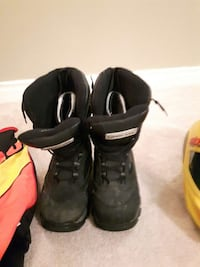 Black snowmobile boots Sherwood Park, T8A 0K3