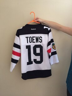 Authentic Blackhawks Jersey Youth XL