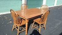 Farmhouse Style Kitchen Table with Chairs  Virginia Beach, 23455