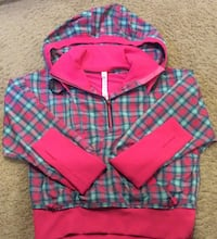 Lululemon cherry pink & blue checkered light hooded jacket ( new )- pls slide to see other photos Calgary, T2J