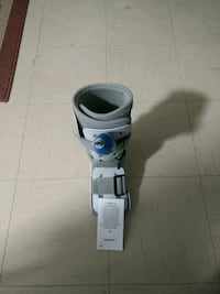New aircast boot size small Toronto, M9W 4C6