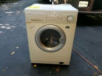 white front-load washing machine Woodbridge, 22192