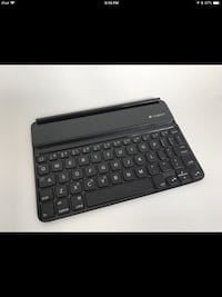 iPad mini Bluetooth keyboard Logitech  Mississauga, L4W 3H2