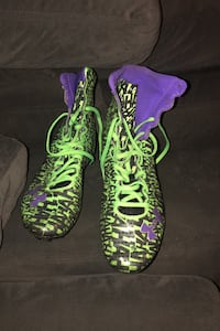 Under armour joker highlight cleats size 11 St Albert, T8N 1R1