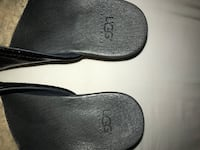 Ladies Black Leather Ugg, size 8. From pet/smoke free home. Never worn Vancouver, V6G 2M9