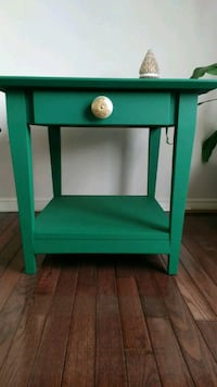 Charming green table Newmarket, L3X 1Z6
