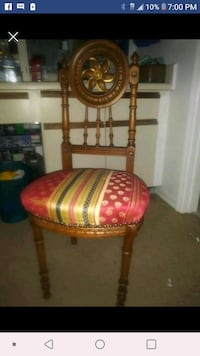 Small vintage solid wood chair Orlando, 32808