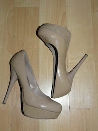 "Steve Madden Light Taupe 5"" Shoes - size 7 - $35 Mississauga"