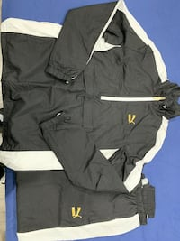 Black and gold Puma tracksuit Brampton, R0B