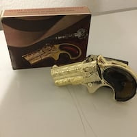 Avon collectible cologne revolver  Oshawa, L1G 2X3