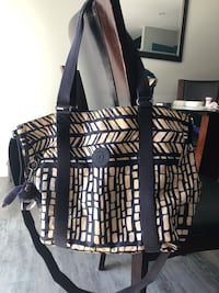 Kipling assorted items, large tote bag and backpacks! Most in 9/10