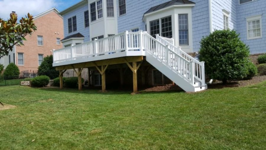 Deck and fence,free estimate .in virginia. 9bbe31d0-f12f-4648-97b7-ea7a588fdbf6