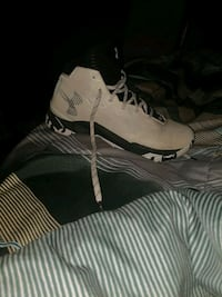 Curry 2.5 size 11 Lincoln, 68522
