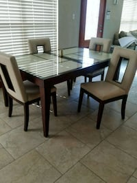 Glass top table and 4 chairs Chalmette