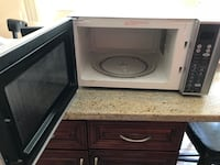 Emerson microwave oven Parsippany, 07054