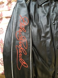 black and red leather zip-up jacket Pasco, 99301