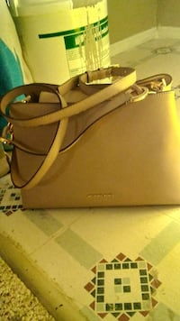 Micheal Kors Purse null