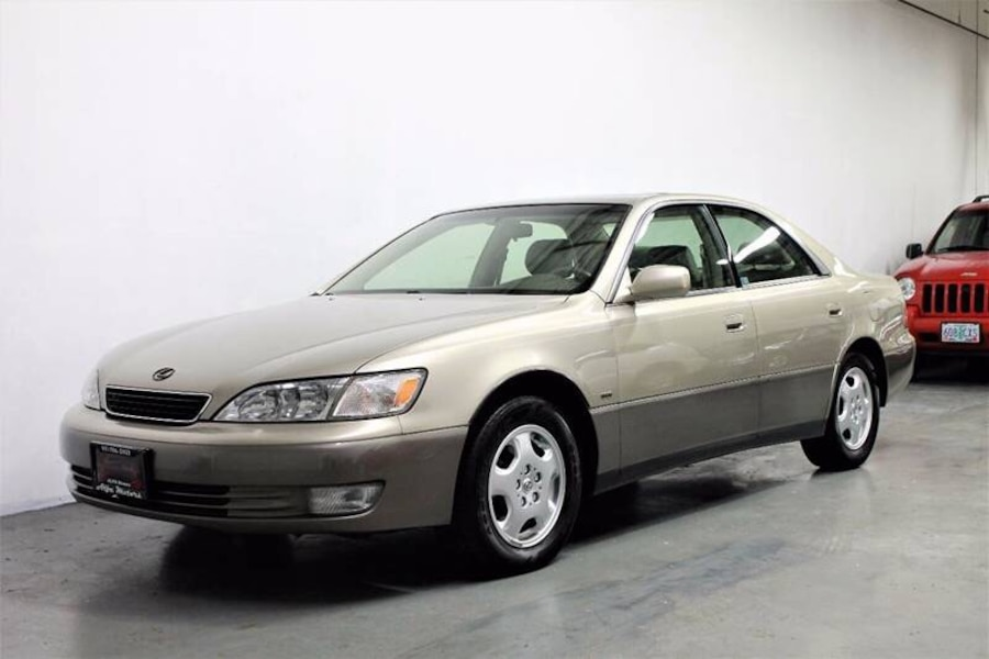 used lexus es300 132k miles clean title timing belt done. Black Bedroom Furniture Sets. Home Design Ideas