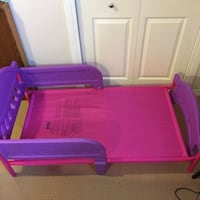 Toddler bed  Lachine, H8S 3N1