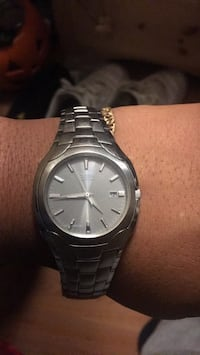 Citizen eco drive stainless steel brand new  229 mi