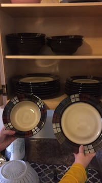 8 of each bowls, Little plates, and bigger plates  Williamsport, 21795