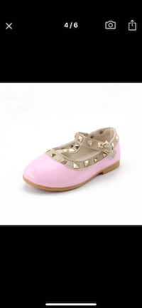 Toddler shoes Whitby, L1M 0A4