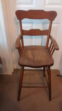 Antique high chair Portsmouth, 23704