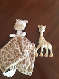 two white and brown giraffe figurines San Diego, 92114