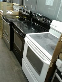Electric stove excellent condition very clean  Baltimore, 21223