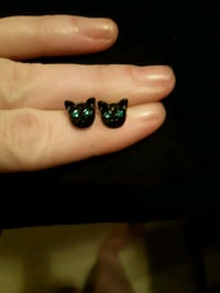 Catface Earrings with blue eyes Edmonton, T6R