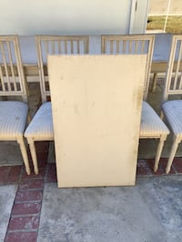 Table and four chairs San Clemente, 92672