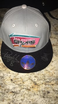hat signed by danny green and patty mills Castle Hills, 78213