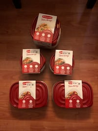 Rubbermaid containers Chicago, 60638