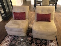Accent Chairs Toronto, M4V 1N1
