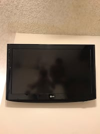 LG Tv 32LH20, black, incl. wall mount and HDMI cable San Diego, 92109