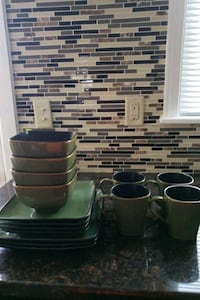 Green 4 person dinner setting  Hagerstown, 21740
