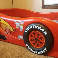Lightning McQueen race car bed 532 mi