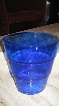 Beautiful & Collectible - Kosta Boda Vase by Anne Wahistrom - Sweden TORONTO